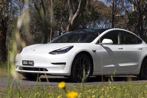 Get Living With A Tesla 3 Gif