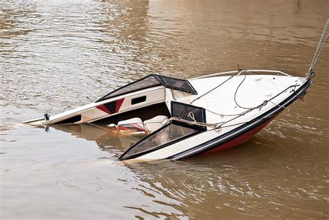 Boat Crash Washington by Boat Lawyers Md Dc Va