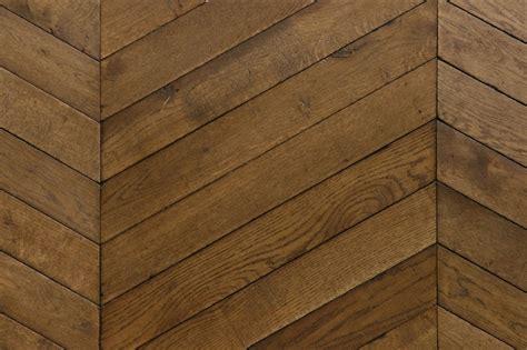 cuisine vieux bois point de hongrie motif de pose de parquet