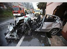 Dos heridos en una espectacular colisión entre un coche y