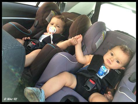 detacher siege voiture série oh vous avez des jumeaux mais comment faites