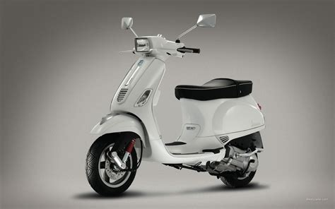 Vespa 946 Backgrounds by Vespa Wallpapers 54 Background Pictures