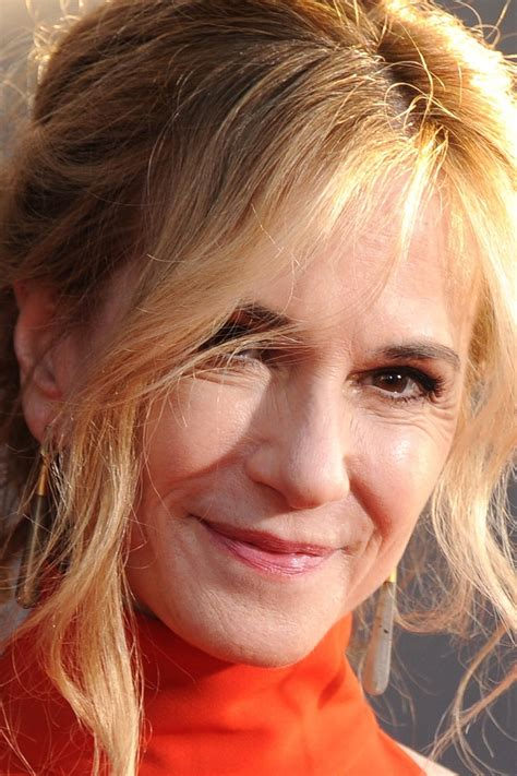 holly hunter profile images