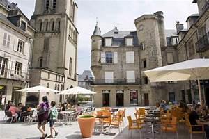 Mairie De Brive La Gaillarde : vakantiewoning villa huren lot dordogne zuid frankrijk met zwembad ~ Medecine-chirurgie-esthetiques.com Avis de Voitures