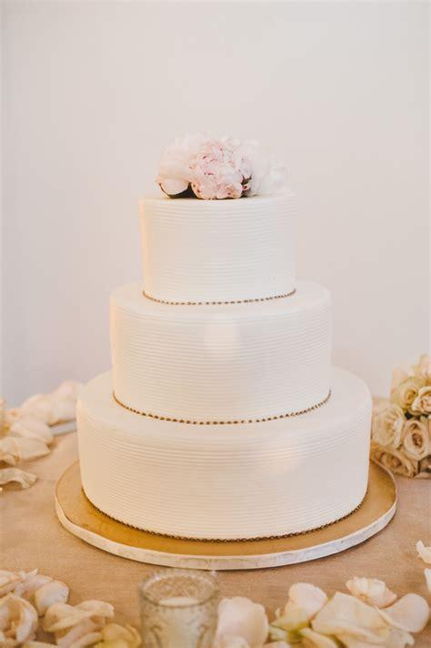 simple wedding cake  gold details elizabeth anne