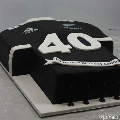 adult  children sporting jersey cakes