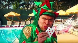 Comedian-magician Piff The Magic Dragon