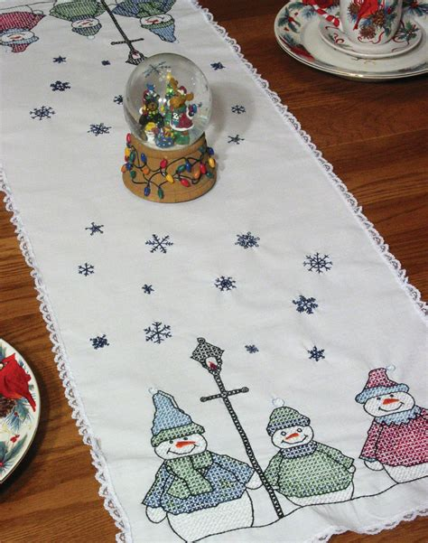 Fairway Stamped Lace Edge Table Runner 15x42 Snowman