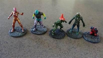 Generic Team Superhero Miniatures Space Alien Capes
