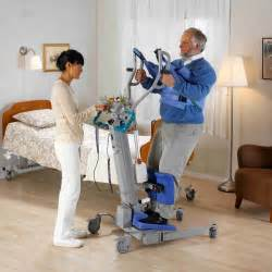 Portable Wheel Chair by Arjohuntleigh Sara 3000 Power Standing Lift At