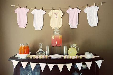 simple baby shower decorations best baby shower theme ideas
