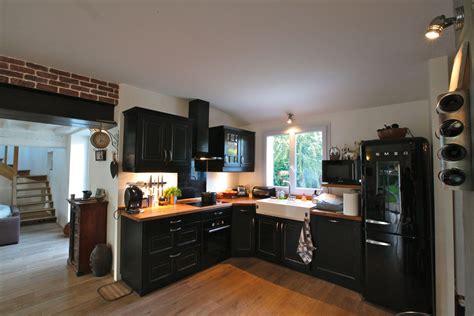 cuisine grise et cuisine retro sur mesure meubles de cuisines cuisines