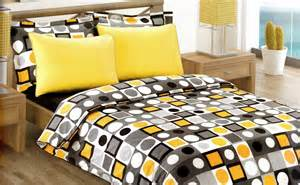 modern geometric dot print bedding set in yellow by myveralinen