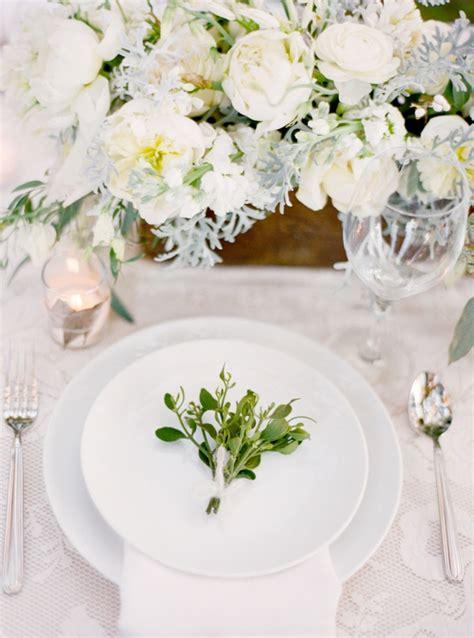magnolia plantation charleston winter wedding table