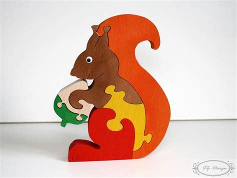 chambre pic epeiche puzzle en bois écureuil forêt nature automne jouet