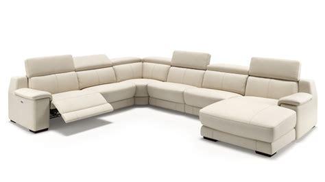 Modernes Sofa In Uform Mit Relaxfunktion Sofanella