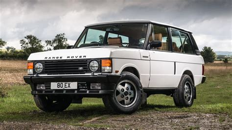 red land rover old this restomod range rover classic costs 95 000 is it