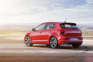 Polo 2018 Gti : new 2018 volkswagen polo revealed has coolest dash ever and 200 hp gti autoevolution ~ Medecine-chirurgie-esthetiques.com Avis de Voitures