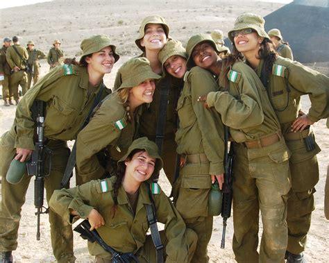 female soldiers   break   desert sun