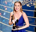 Oscars 2016: Brie Larson Wins Best Actress, Hugs Jacob ...