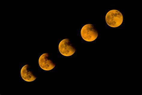moon turn red   lunar eclipse