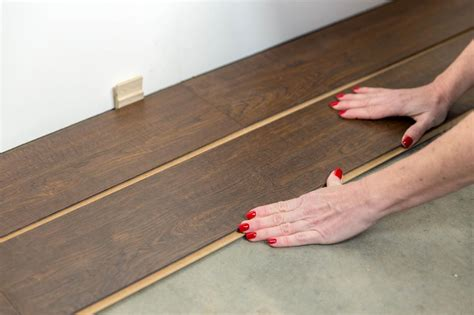 how to lay laminate flooring in a kitchen how to install a laminate floor how tos diy 9783