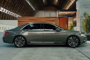 2017 Lincoln Continental Car