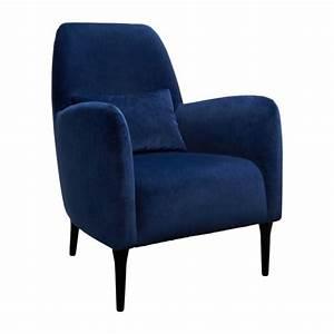 Fauteuil Velours Bleu : antoine fauteuil en velours bleu et pieds fonc s habitat ~ Teatrodelosmanantiales.com Idées de Décoration