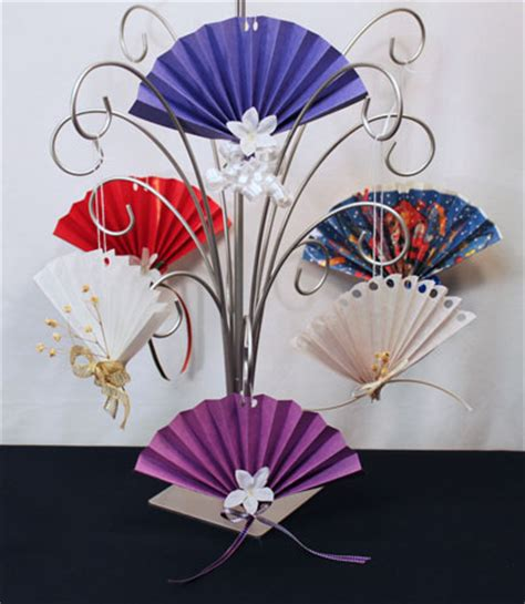 christmas decoration useing construction paper funezcrafts easy crafts construction paper fan ornament