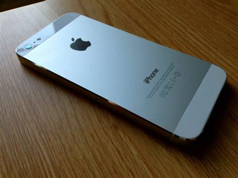 white iphone 5 when it comes to the iphone 5 white is the new black
