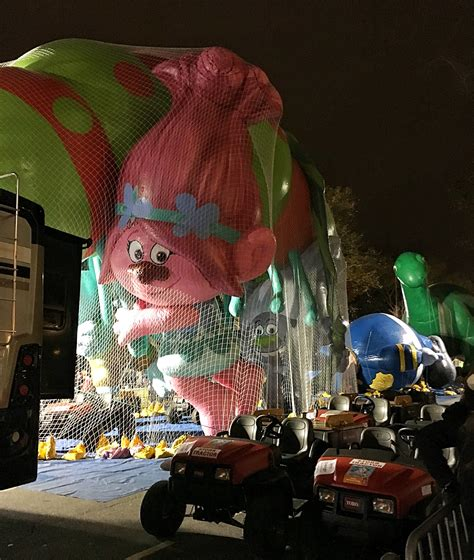 attempted bloggery  macys thanksgiving day parade
