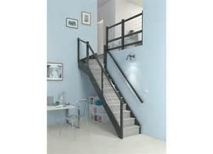 Montée D Escalier Exercice by Escalier Bois 1 Qt Haut Personnalisable Escaliers