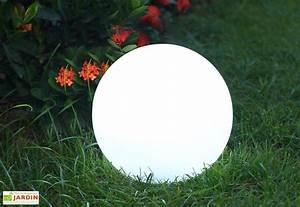Boule Lumineuse Exterieur Solaire : boule lumineuse multicolore autonome nergie solaire ~ Edinachiropracticcenter.com Idées de Décoration