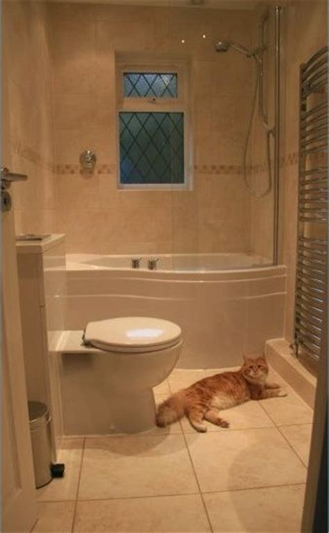 love  jacuzzi tub  shower combo small bathroom