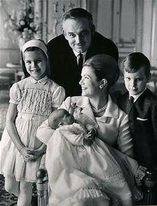 Prince Rainier III and Princess Grace of Monaco in 1965 ...