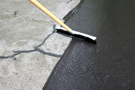 fix cracks   driveway  apply  coat