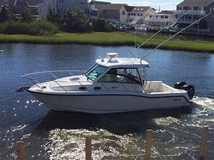 2014 Used Boston Whaler 315 Conquest Saltwater Fishing