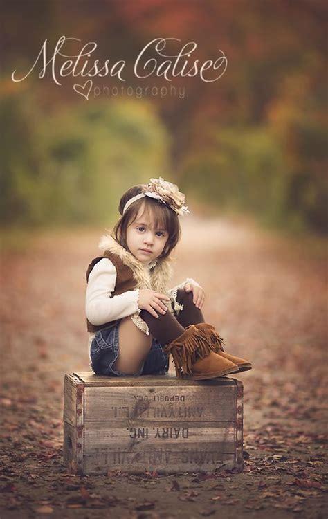 melissa calise photography toddler portraits girl posing