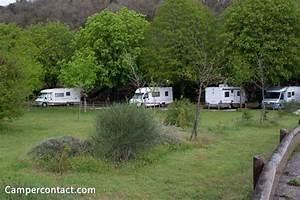 Camping Car Le Site : aire de camping car visitvar le site officiel du tourisme varois pour pr parer vos vacances ~ Maxctalentgroup.com Avis de Voitures