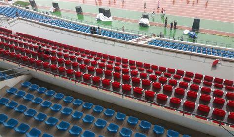 chaise de stade exterieur  interieur des places gradins