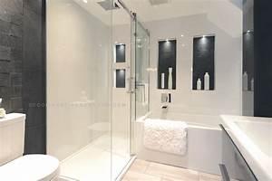 emejing petite salle de bain moderne images seiunkelus With salle de bain moderne petit espace