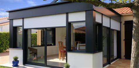 cuisine anthracite veranda bioclimatique le confort d 39 une véranda en été et