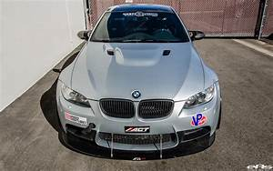 Bmw E92 M3 : bmw e92 m3 prepared for the race track ~ Carolinahurricanesstore.com Idées de Décoration