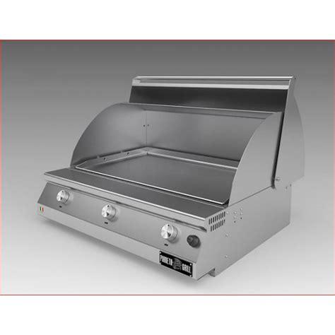 piano cottura con piastra barbecue in acciaio inox con coperchio e piano cottura in