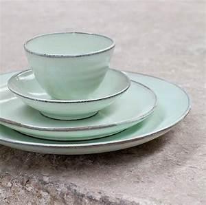 Geschirr Set Pastell : die besten 17 ideen zu essgeschirr auf pinterest roas dinge lila glas und lila rosen ~ Whattoseeinmadrid.com Haus und Dekorationen