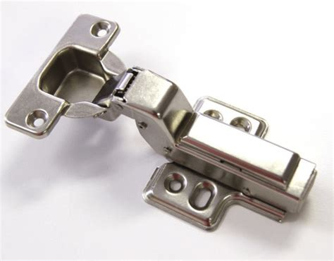 how to clean kitchen cabinet hinges easy steps kitchen cabinet hinges repair 8552