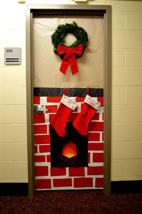 christmas decorated dorm door christmas dorm