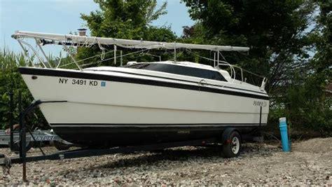 Boat Trader Macgregor 26 by 1999 Macgregor 26 26 Foot 1999 Sailboat In Lindenhurst