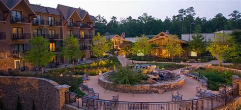 Calloway Gardens Is A 13000 Acre Resort In Pine Mountain