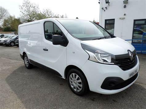 renault white used white renault trafic for sale dumfries and galloway